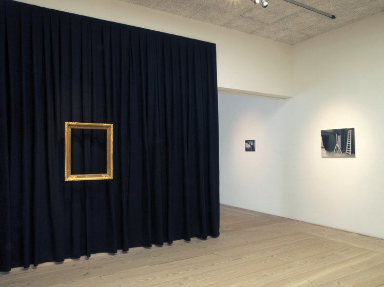 installationsbild med Fear of empty spaces